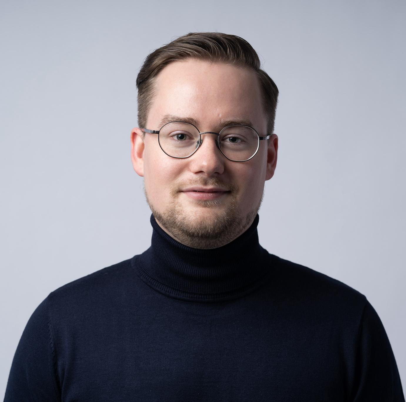 Carsten Seeberger Marketing & Media Inhaber Rund weiß